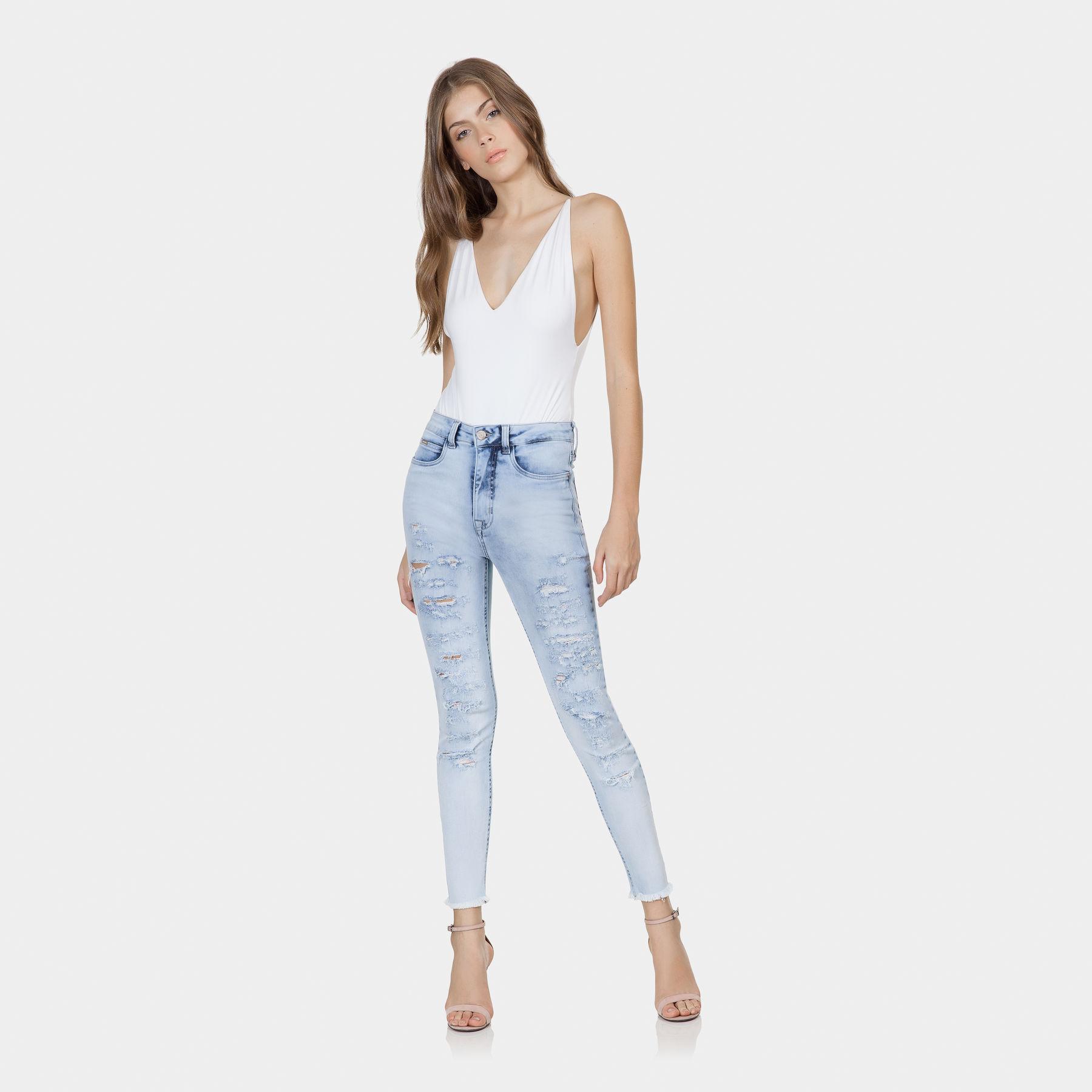 a90c89f09 Calça Jeans Aruba Cropped Flat Belly Jeans - Lez a Lez