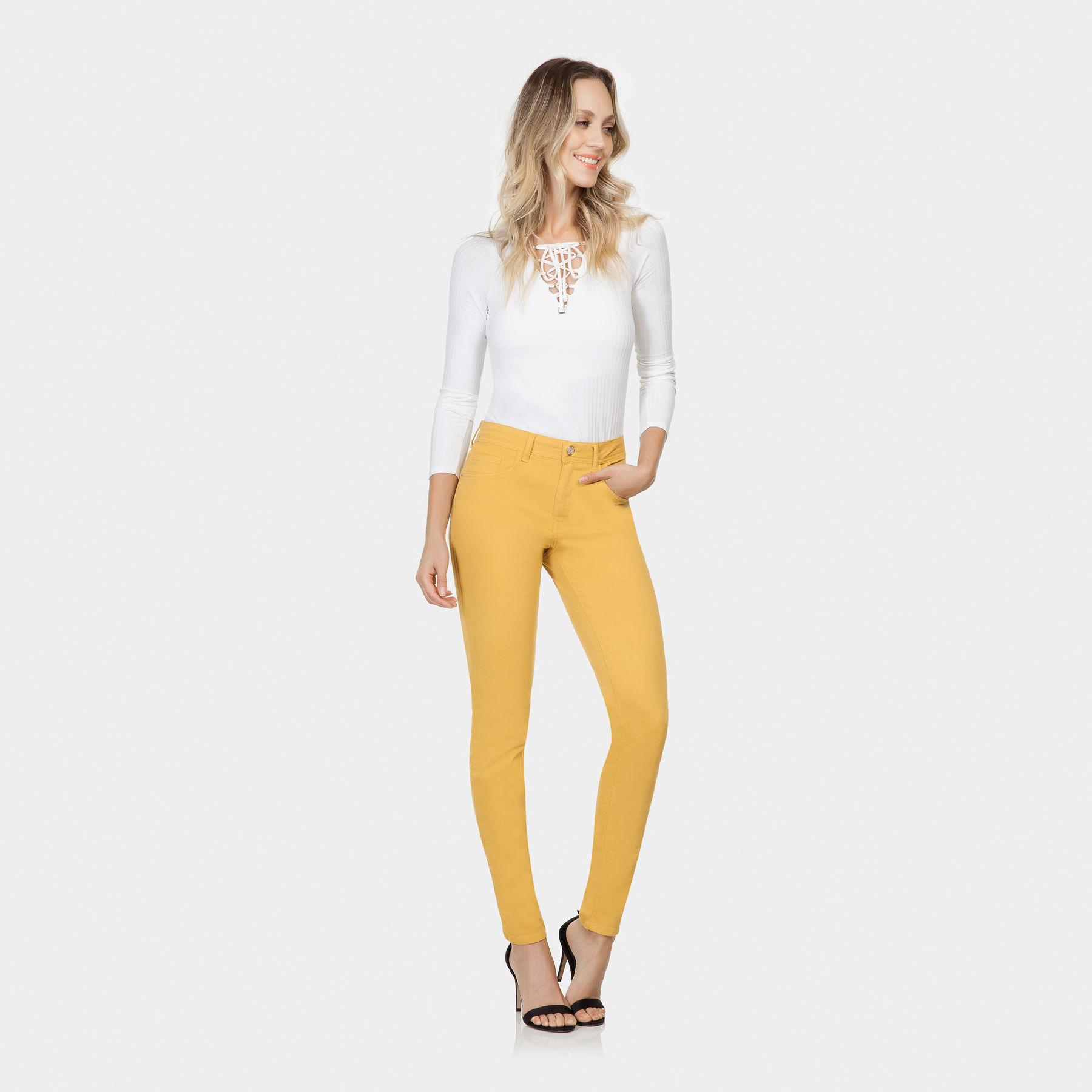 b3f790c1d Calça Jeans Bali Skinny Color Amarelo Acafrao - Lez a Lez