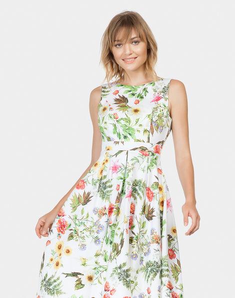 f984d6a95d89 Vestido Evasê Estampado Tecido Fleur